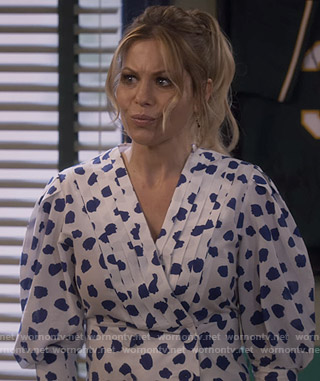 DJ's white spotted pintuck blouse on Fuller House