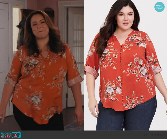 Harper Blouse in Floral Terracotta by Torrid worn by Katie Otto (Katy Mixon) on American Housewife