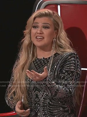 Kelly Clarkson's black embellished dress on The Voice