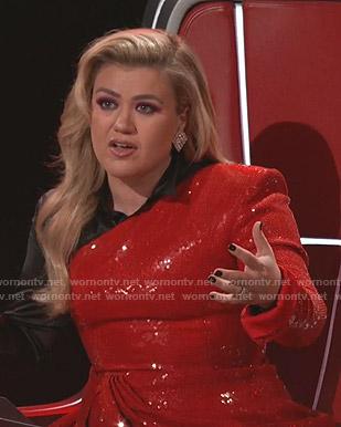 Kelly Clarkson's sequin asymmetric dress on The Voice
