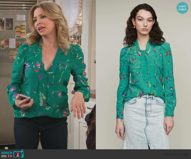 Printed Blouse with Lavaliere by Maje worn by Jennifer Cooper (Jolie Jenkins) on Alexa & Katie