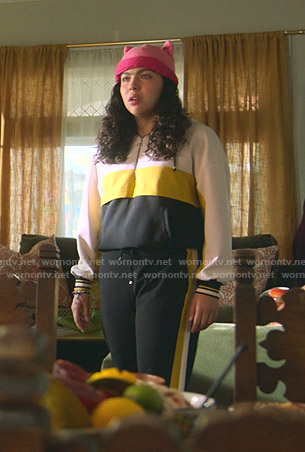 Molly's colorblock sweatshirt and side striped pants on Marvels Runaways