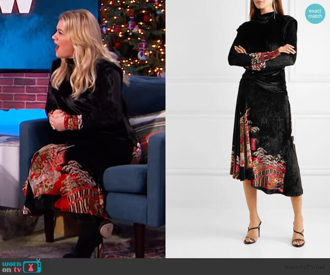 Velvet-jacquard midi dress by Paco Rabanne worn by Kelly Clarkson  on The Kelly Clarkson Show