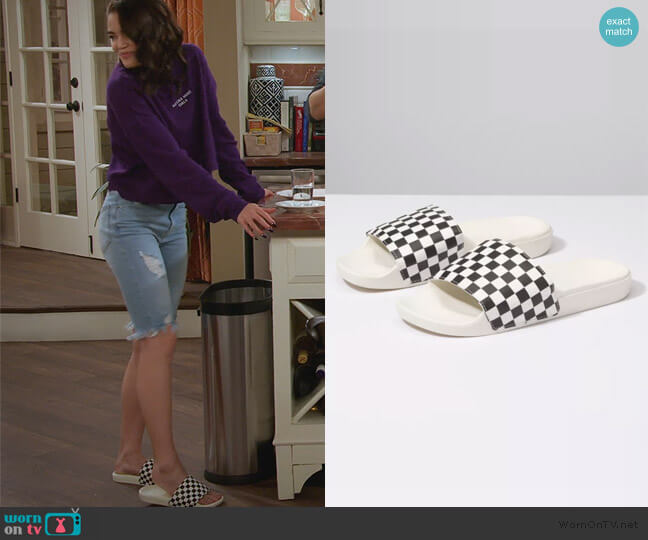 Slide-on Checkerboard Sandals by Vans worn by Alexa Mendoza (Paris Berelc) on Alexa & Katie