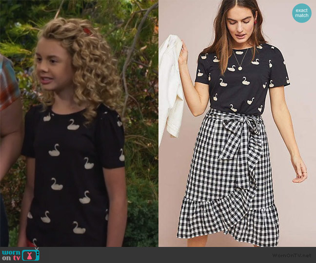 Oui Graphic Print Tee by Anthropologie worn by Destiny Baker (Mallory James Mahoney) on Bunkd