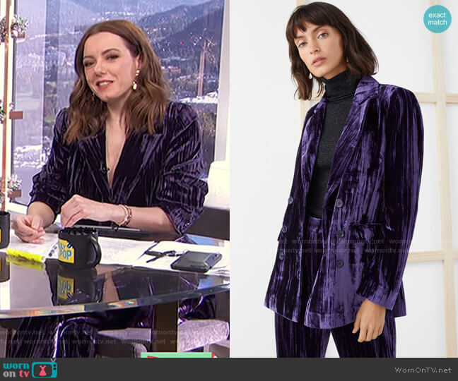 Crushed Velvet Double Breasted Blazer and Trousers by & Other Stories worn by Melanie Bromley  on E! News