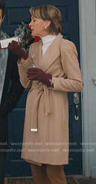 Kathryn's beige wrap coat on American Housewife