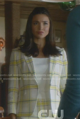 Bess's white and yellow plaid blazer and shorts on Nancy Drew