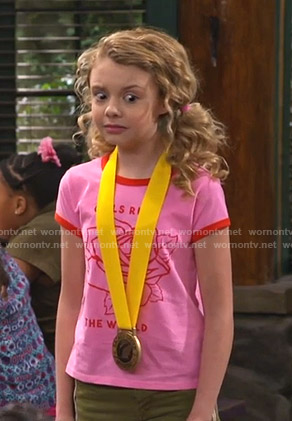 Destiny's pink rose print tee on Bunkd
