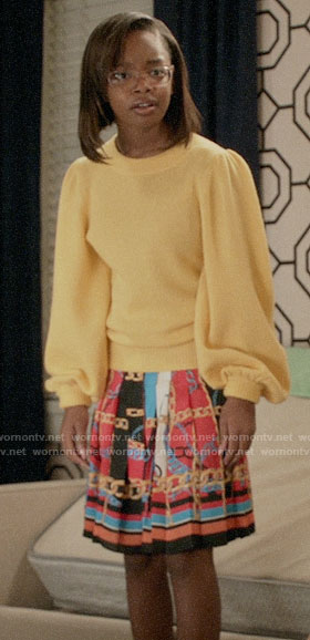 Diane's yellow sweater and chain print skirt on Black-ish