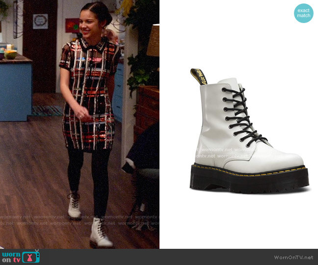 Doc Martens White Boots worn by Nini (Olivia Rodrigo) on High School Musical The Musical The Series