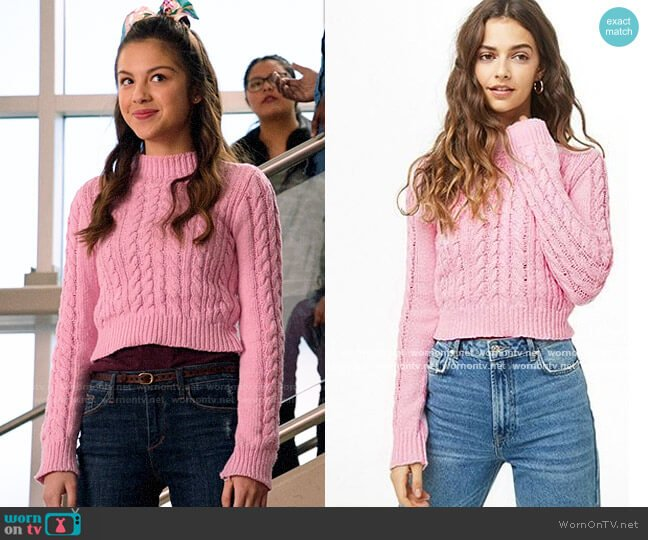 Forever 21 Cable Knit Sweater worn by Nini (Olivia Rodrigo) on High School Musical The Musical The Series