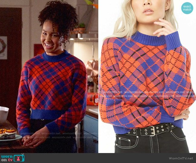 Forever 21 Plaid Sweater worn by Gina (Sofia Wylie) on High School Musical The Musical The Series
