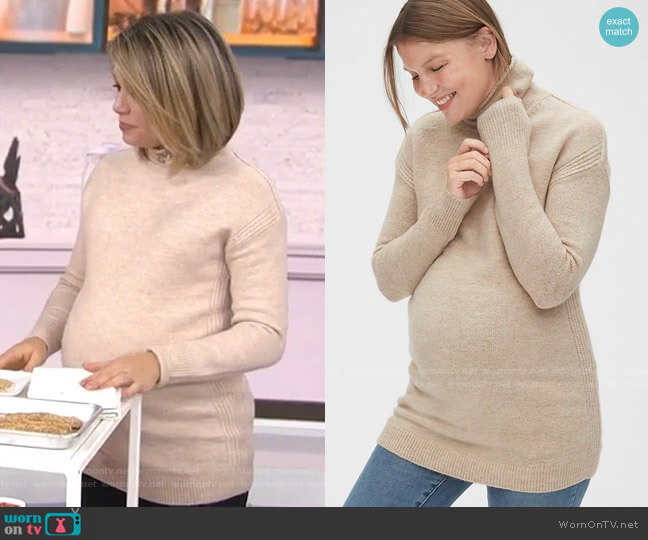 Maternity Cozy Turtleneck Tunic Sweater by Gap worn by Dylan Dreyer  on Today