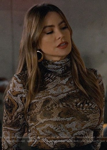 Gloria's marbled print turtleneck on Modern Family