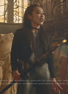 Nico's grey tie waist tee on Marvels Runaways