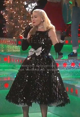Gwen Stefani's sequin fit and flare dress on The Voice