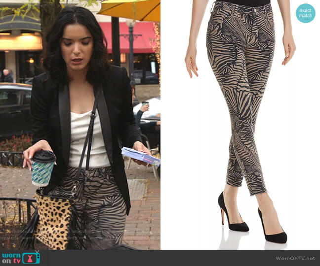 Alana Crop Skinny Jeans by J Brand worn by Dylan Gelula on Shameless