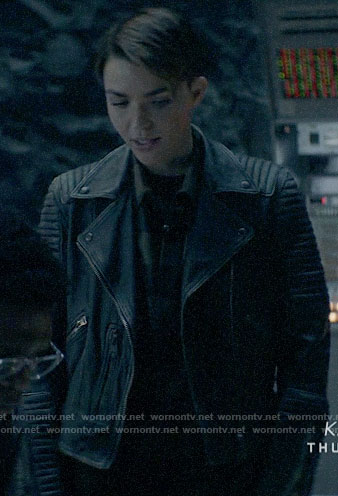 Kate's leather jacket with ribbed panels on Batwoman
