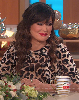 Marie's leopard velvet top on The Talk