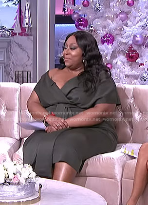 Loni's green tie waist surplice dress on The Real