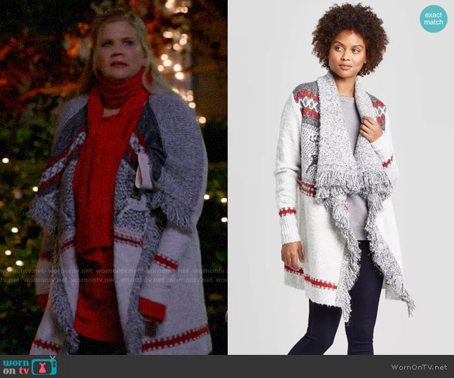 Target Knox Rose Holiday Open Cardigan With Fringe Detail worn by Tammy Diffendorf (Kristen Johnston) on Mom