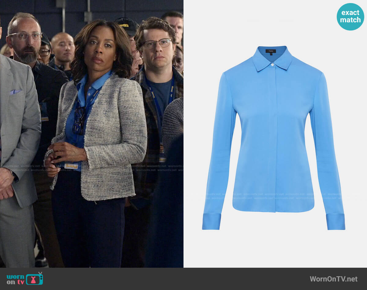 Theory Classic Fitted Shirt in Light Lapis worn by Mia Jordan (Karen Pittman) on The Morning Show
