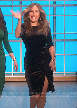 Carrie's velvet sheath dress on The Talk