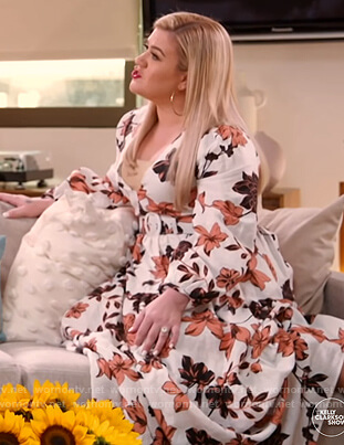 Kelly's white floral maxi dress on The Kelly Clarkson Show