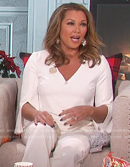 Vanessa Williams's white split sleeve top on The Talk