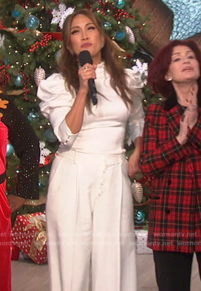 Carrie's white puff sleeve top and pants on The Talk