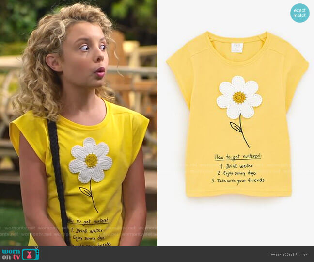 Daisy T-Shirt with Applique by Zara worn by Destiny Baker (Mallory James Mahoney) on Bunkd