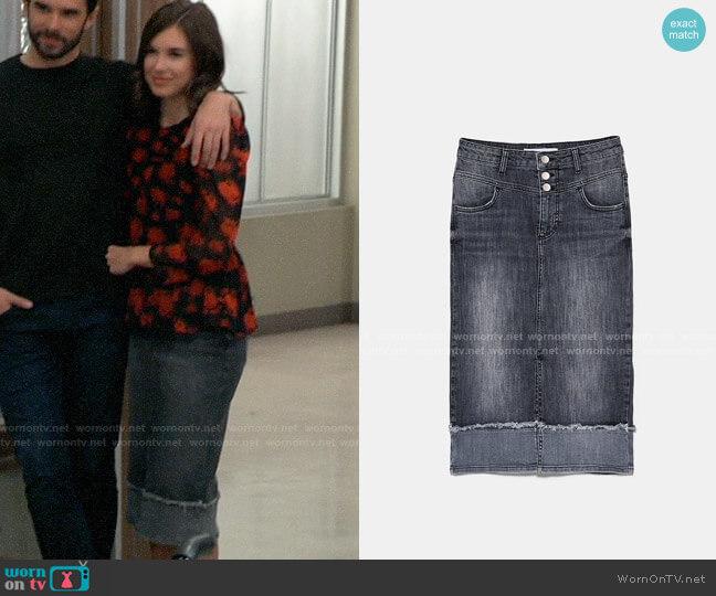Zara Denim Midi Skirt worn by Willow Tait (Katelyn MacMullen) on General Hospital