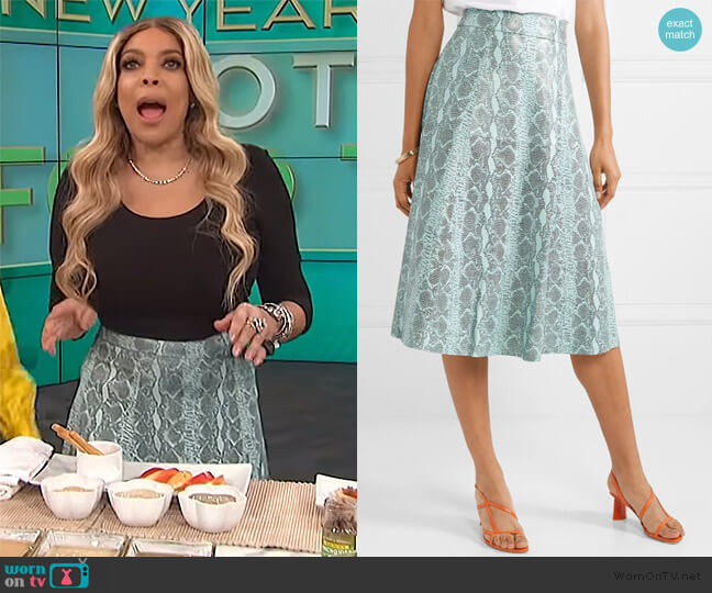 Sosie snake-print leather midi skirt by Alice + Olivia worn by Wendy Williams  on The Wendy Williams Show