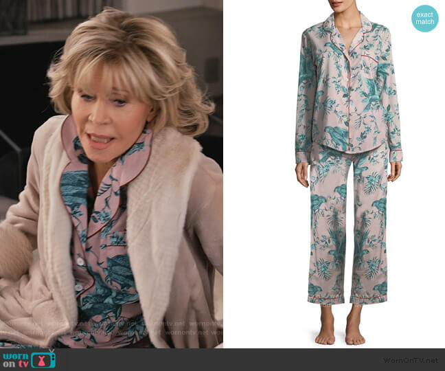 Parrots Long Pajama Set by Desmond & Dempsey worn by Grace (Jane Fonda) on Grace & Frankie