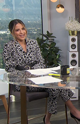 Erin's heart print suit on E! News Daily Pop
