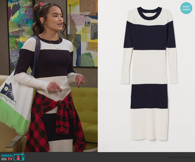Ribbed Dress by H&M worn by Alexa Mendoza (Paris Berelc) on Alexa & Katie