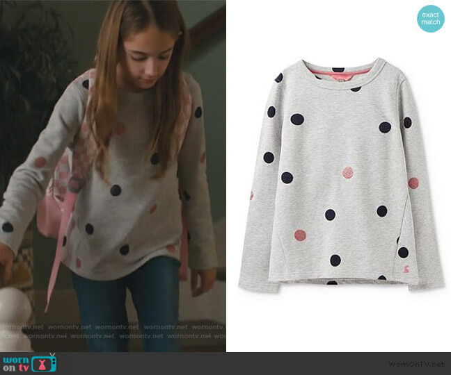 Mart Loopback Graphic Sweatshirt by Joules worn by Anna-Kat Otto (Julia Butters) on American Housewife