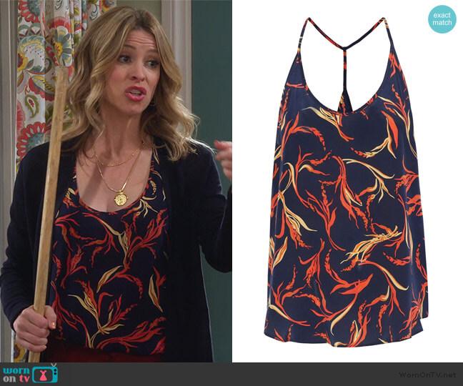 Mary Jane printed silk tank by L'Agence worn by Jennifer Cooper (Jolie Jenkins) on Alexa & Katie
