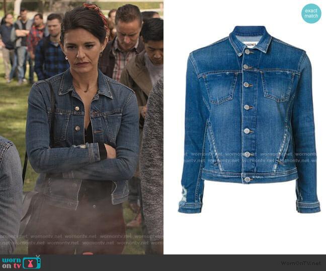 Celine Denim Jacket by L'Agence worn by Lindsey Kraft on Grace and Frankie