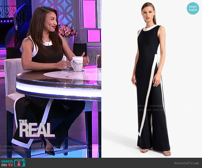 Pointer Top by Staud worn by Jeannie Mai  on The Real