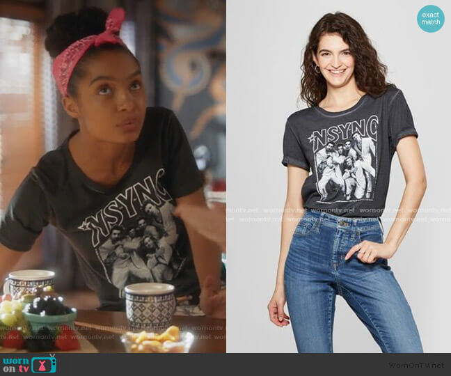 Short Sleeve Band Graphic T-Shirt by Target worn by Zoey Johnson (Yara Shahidi) on Grown-ish