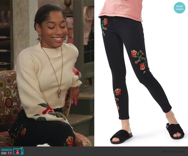 Jamie Embroidered Pants by Topshop worn by Reagan (Iman Benson) on Alexa & Katie