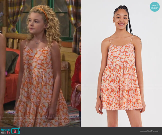 Hanna Scallop Babydoll Mini Dress by Urban Outfitters worn by Destiny Baker (Mallory James Mahoney) on Bunkd