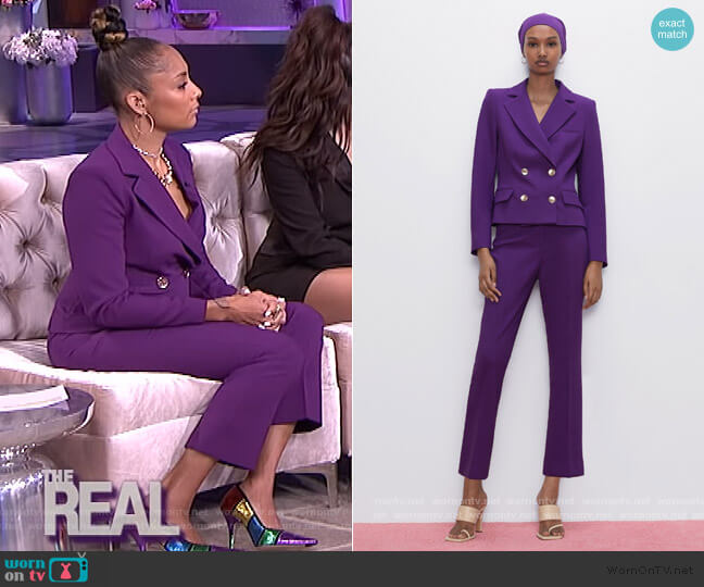 Buttoned Cropped Blazer and Pants by Zara worn by Amanda Seales  on The Real