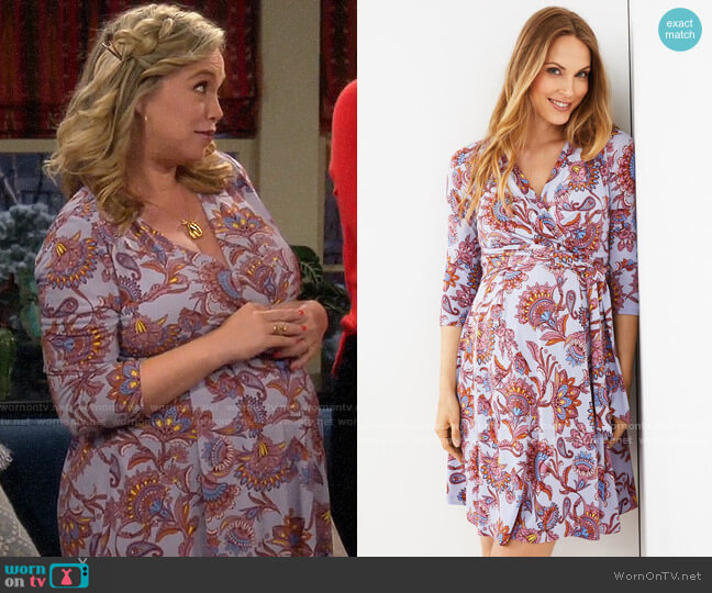 A Pea in the Pod Faux Wrap Maternity Dress worn by Kristin Baxter (Amanda Fuller) on Last Man Standing