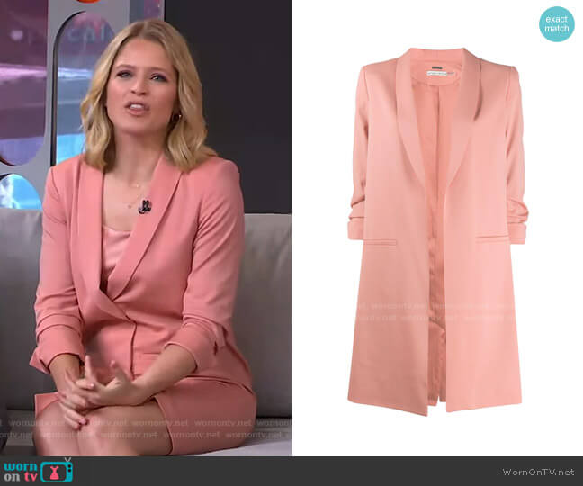 Oversized Blazer by Alice + Olivia worn by Sara Haines  on Good Morning America