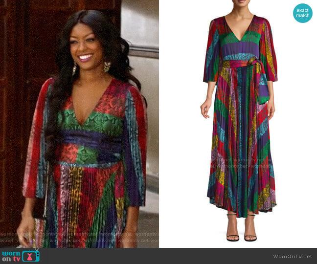 Alice + Olivia Meryl Pleated Dress worn by Ali Finer (Javicia Leslie) on God Friended Me