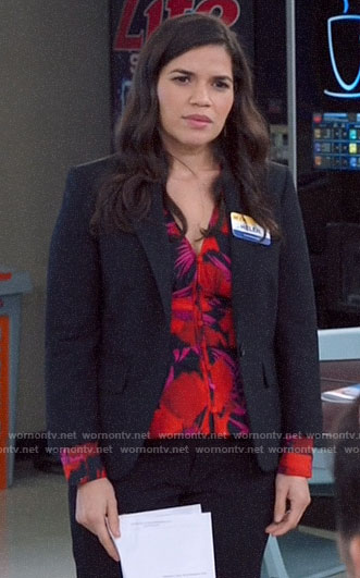 Amy's pink and red floral v-neck top on Superstore
