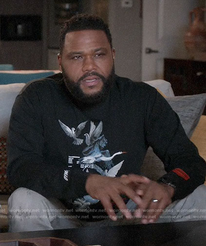 Andre's black dove sweatshirt on Black-ish